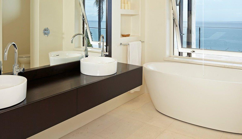 The Art of the Modern Luxury Bathroom - Christie\'s International ...
