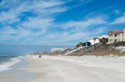 6 Reasons to Relocate to Santa Rosa Beach on Florida's Emerald Coast