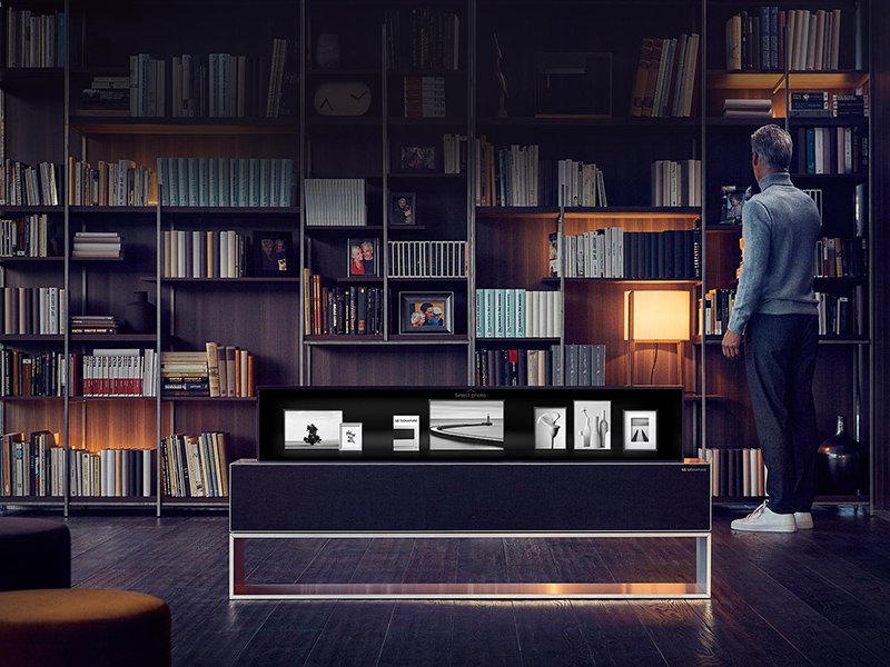 LG-TV-tech-home-man-library-home