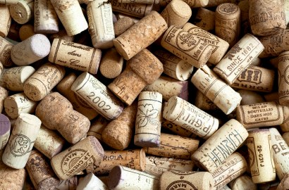 3 Reasons Why Wine Corks Are Making a Welcome Comeback