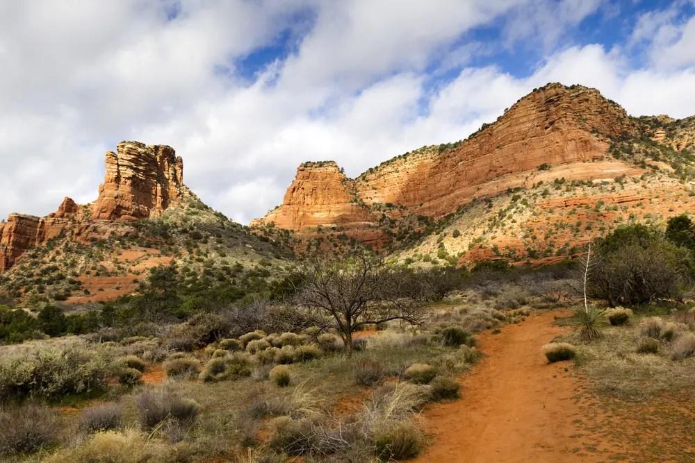 Dusty hiking path