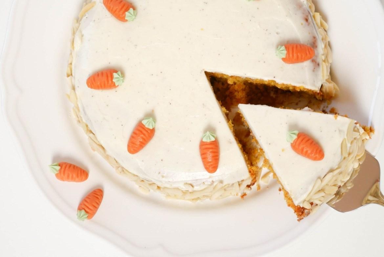 Karottenkuchen mit Frischkäsecreme