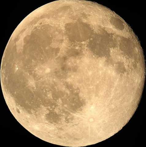 L'énergie de la Lune