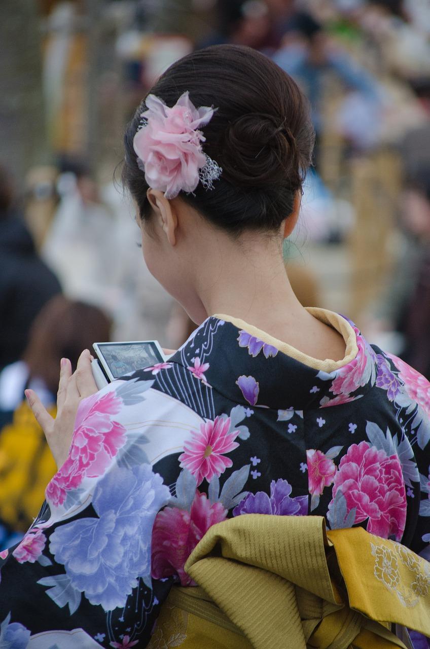 femme-robe-japon