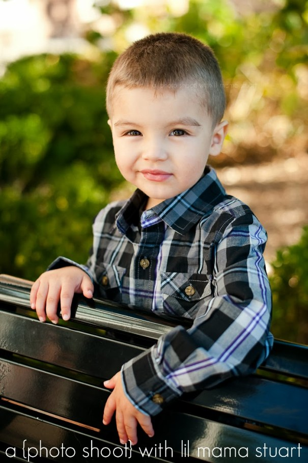 outdoor toddler portraits