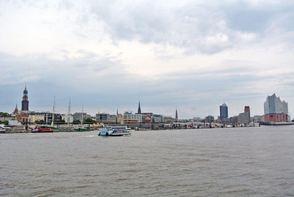 Ausblick vom Steinwerder Hafengebiet Hamburg