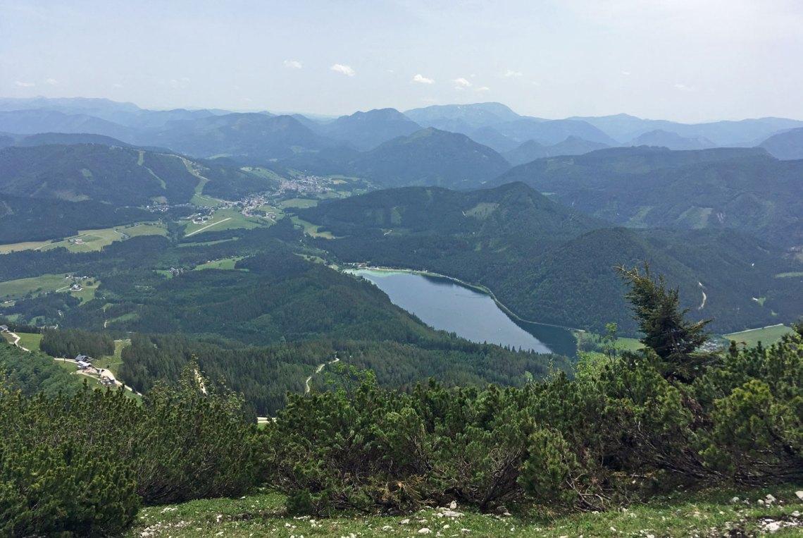 Blick von der Gemeindealpe auf den Erlaufsee im Mostviertel