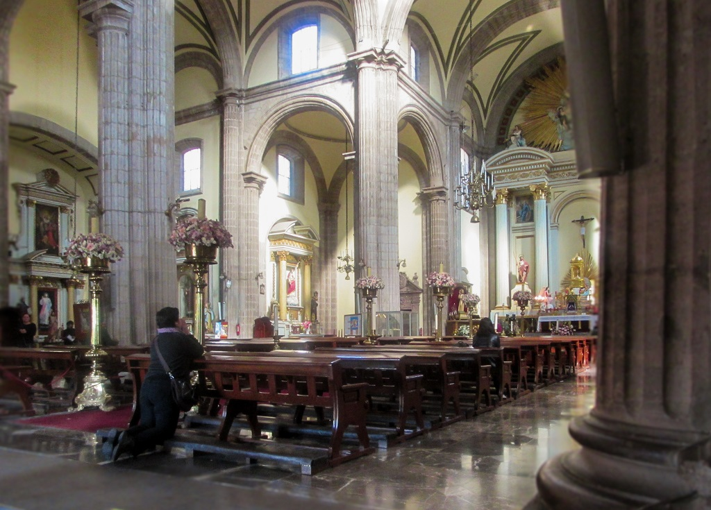Inside Mexico City Metropolitan Cathedral - Christobel Travel