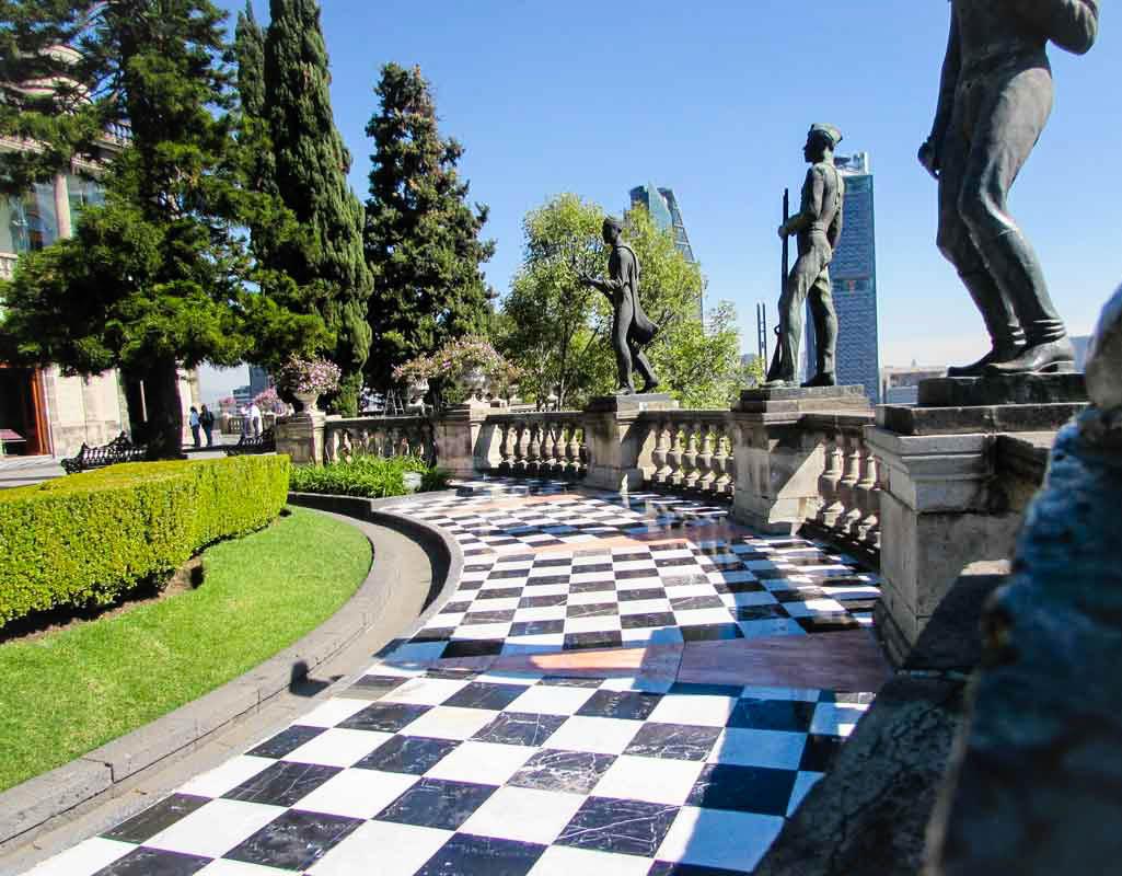 Chapultepec Castle in Mexico City: Facts & Photos - Christobel Travel