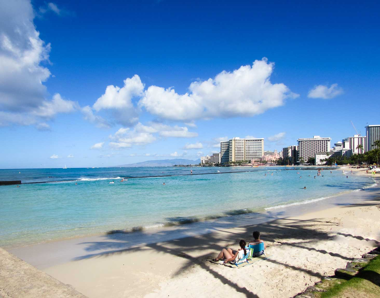 Best Beaches - Honolulu Travel Guide - 45 things to do in Honolulu - Christobel Travel
