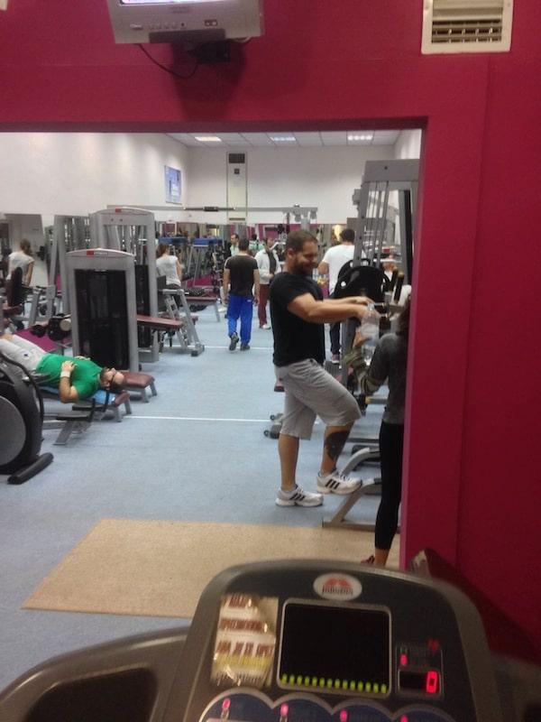 Adonis Gym i Grækenland. Mit træningscenter i 8 dage.
