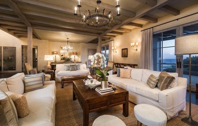 Los Angeles Real Estate Lady Gaga Livingroom