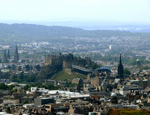 Edinburgh old town from Salisbury Craigs