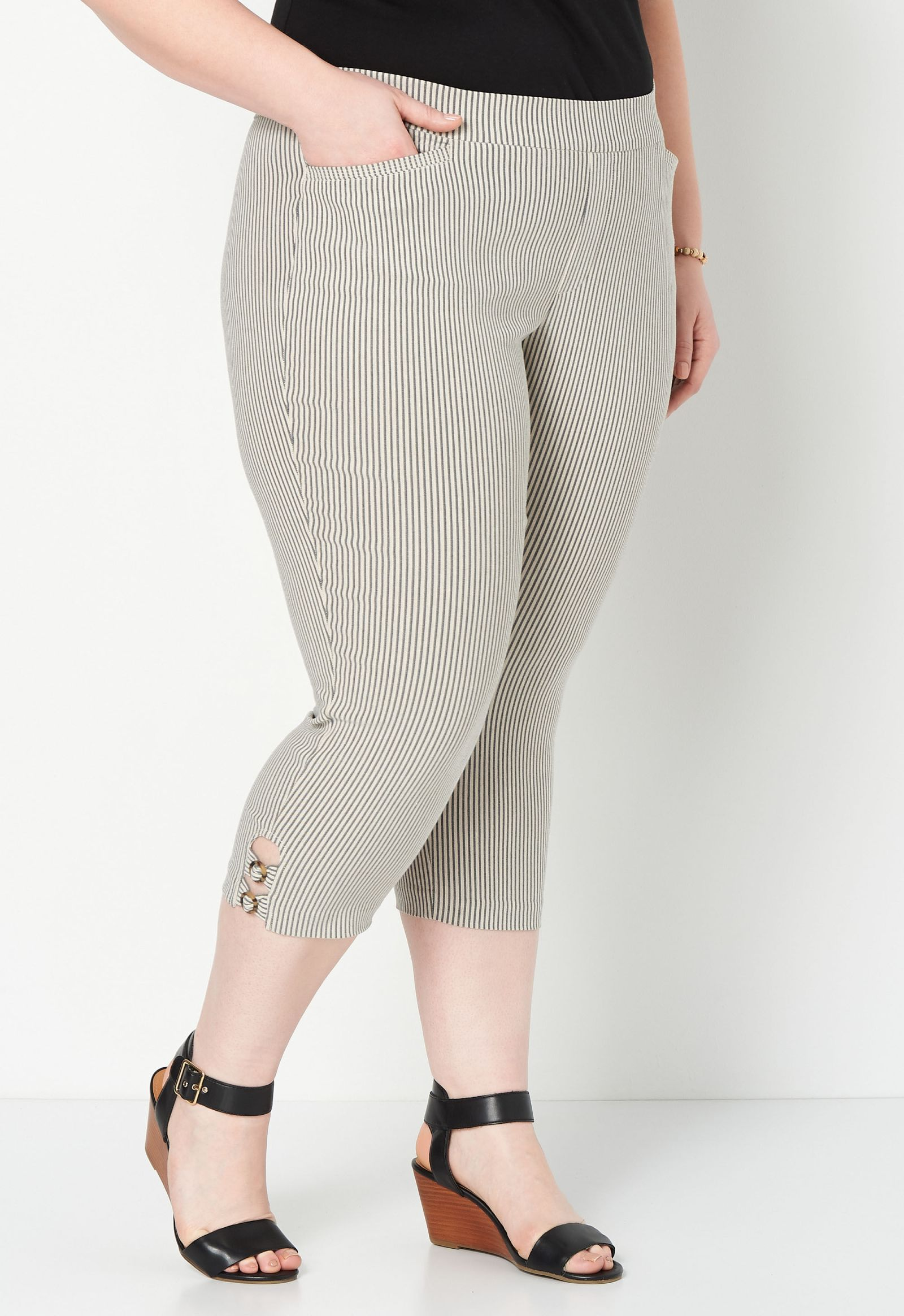 Signature Slimming Luxe Stretch Striped Plus Size Crop 2