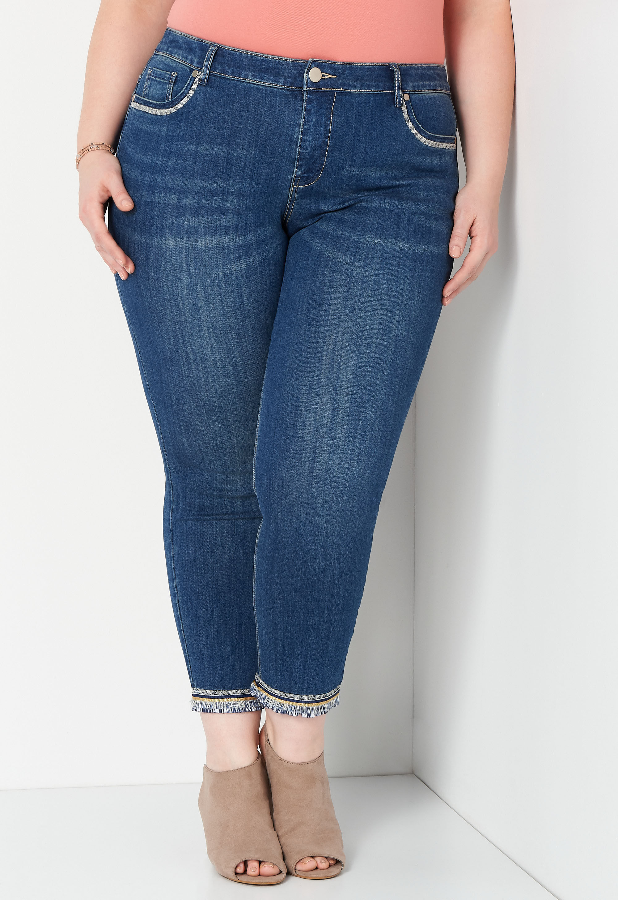 Hem Detail Plus Size Ankle Jean 6