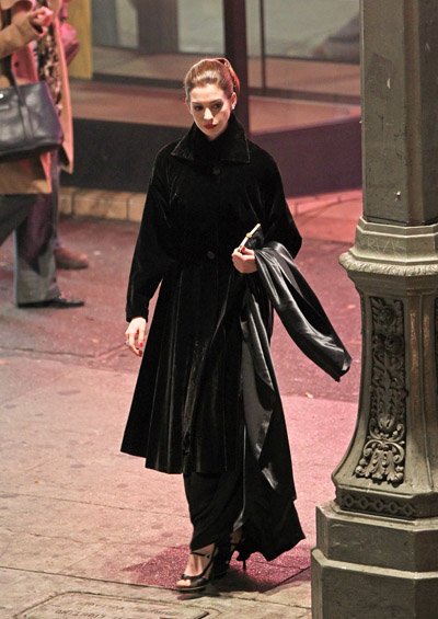 Selina Kyle (Anne Hathaway) sur le tournage de The Dark Knight Rises à Los Angeles