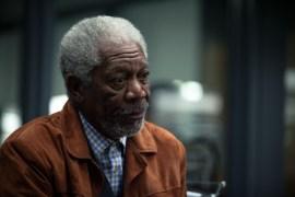 Joseph Tagger (Morgan Freeman) dans Transcendence