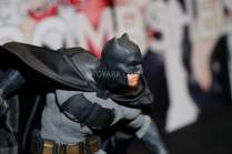 Statuette DC Collectibles de Batman dans Batman v Superman