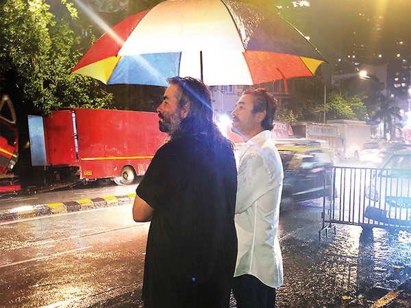 Hoyte van Hoytema pendant le tournage de Tenet à Breach Candy, Mumbai, Inde