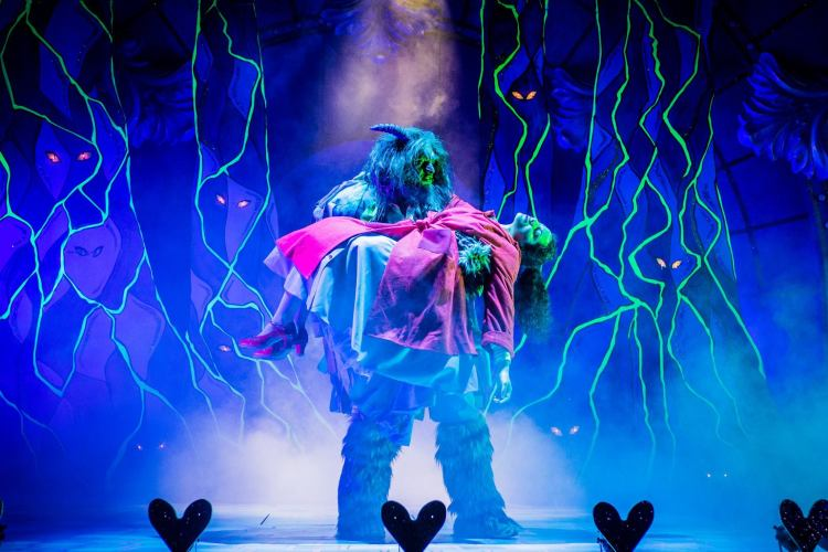 Beauty and the Beast - Salisbury Playhouse