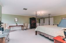 Margarets Room - Christopher Place Resort - 7
