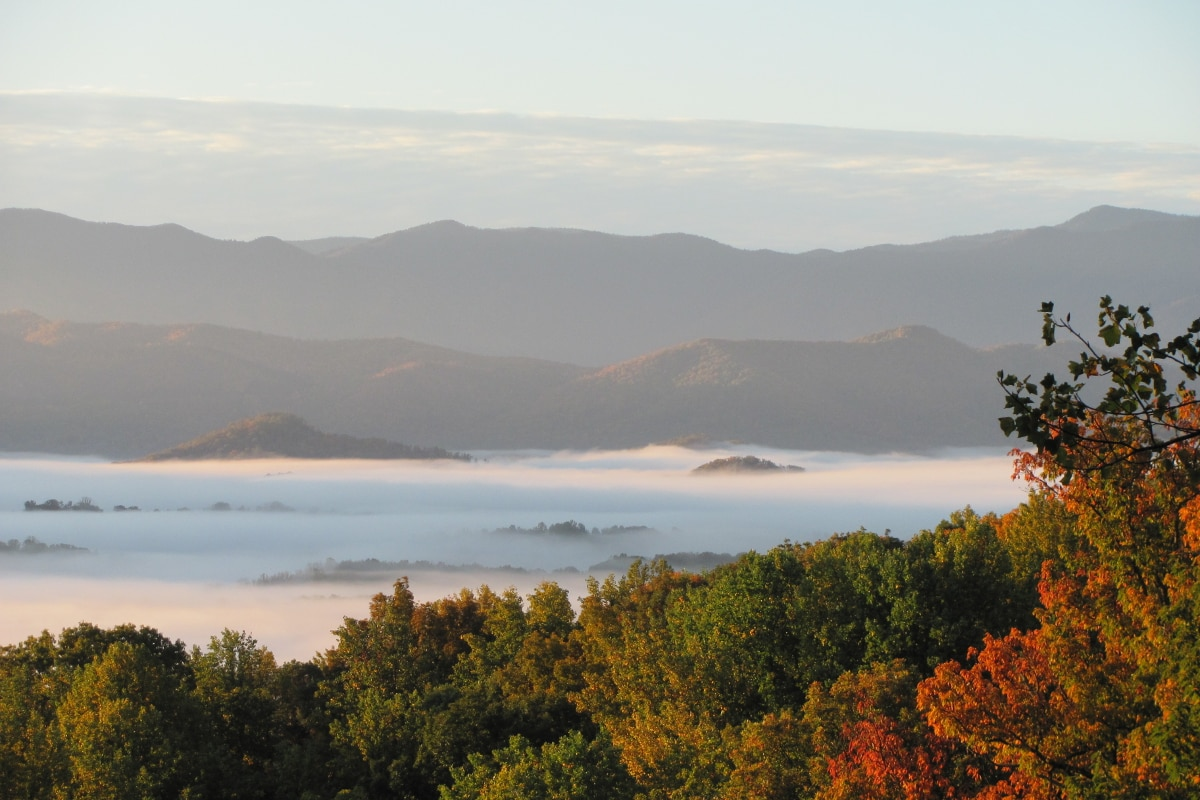 smoky mountain fall colors at Christopher Place resort