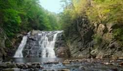 smoky mountain waterfalls at laurel falls