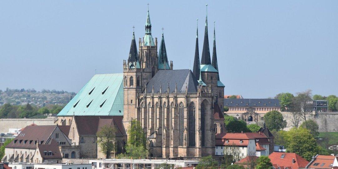 https://pixabay.com/de/photos/erfurt-dom-architektur-kirche-3356078/