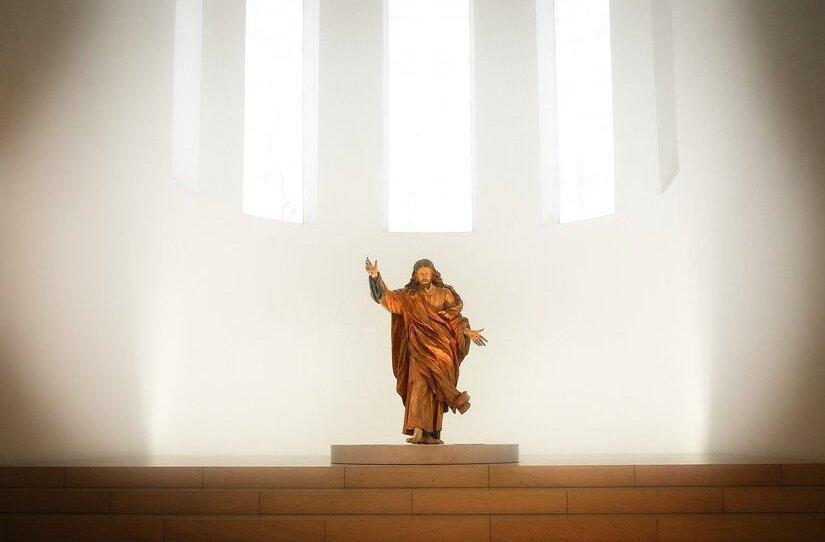 https://pixabay.com/de/photos/auferstehung-ostern-jesus-christus-5024122/