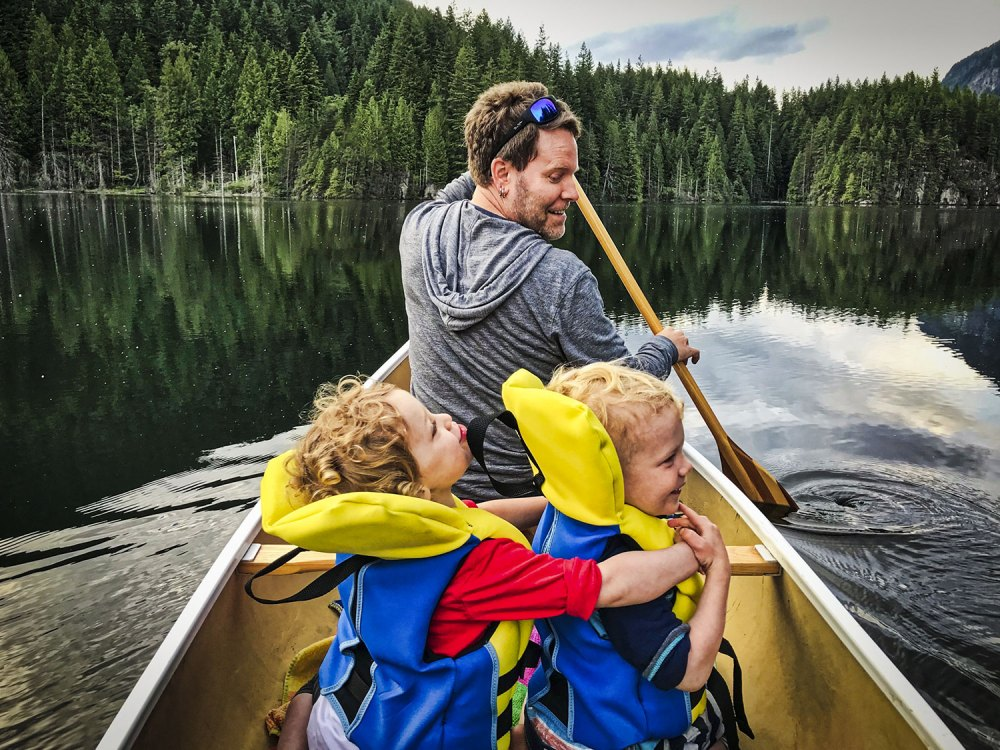 Canoeing at Buntzen Lake with the kids
