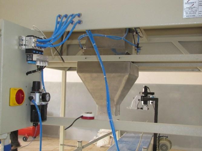تصنيع-وتوريد-ماكينة-تعبئة-شكاير-بنظام-الوزن1-1