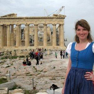 Athens Dirndl Viktoria Urbanek