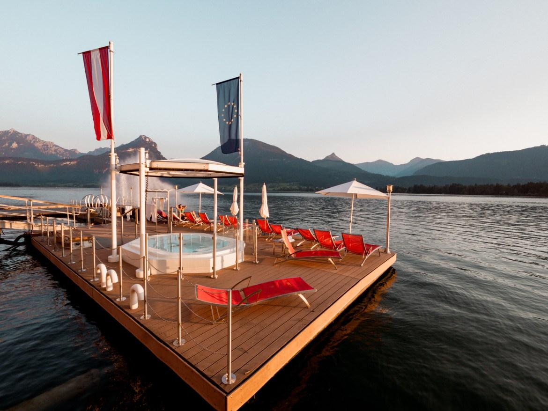 Im Weissen Rössl Lake Plattform Swimming