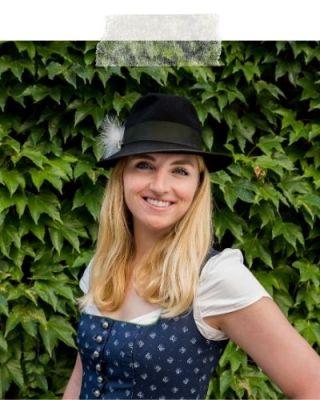Viktoria Urbanek Travel Blogger Scuba Diving Linz Austria Chronic Wanderlust