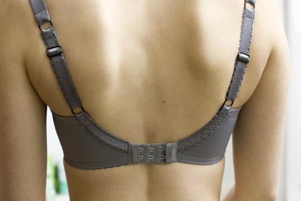 Can Tight Bra Straps Cause Shoulder Pain