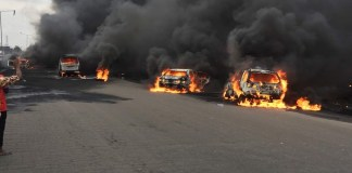 LASEMA, Lagos Fire Service and RRS quelling Otedola bridge fire