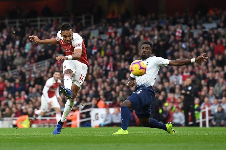Pierre Emerick Aubameyang scored twice as Arsenal beat Tottenham 4-2.