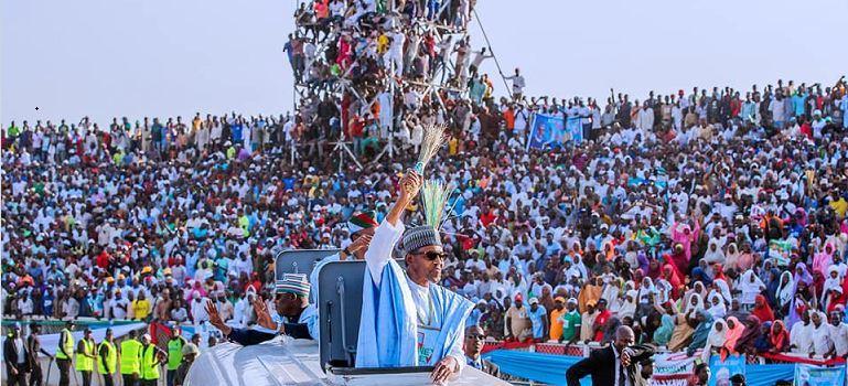 President Muhammadu Buhari was dazed by the mammoth crowd that received him in Kaduna