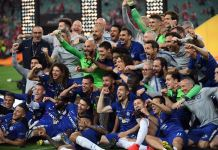 Maurizio Sarri finished his first season at Chelsea with a silverware