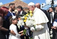 The pope asked for forgiveness from the Roma people