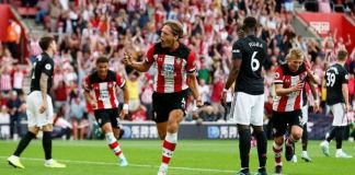 Jannik Vestergaard scored a late goal to help Southampton draw Manchester United