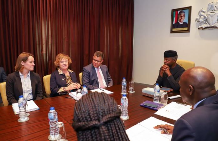 VP Osinbajo receives (L-R) UK Secretary of State for International Development, Hon. Alok Sharma; High Commissioner to Nigeria, Catriona Laing, Head of DFID Nigeria; Debbie Palmer