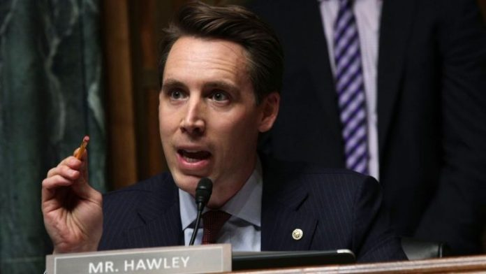 Senator claims China is spying on TikTok users