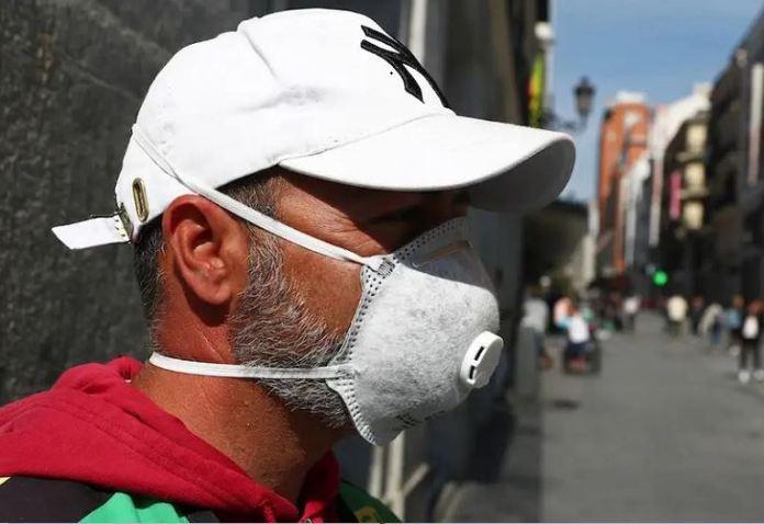 Dutch govt has issued a coronavirus sex buddy advisory