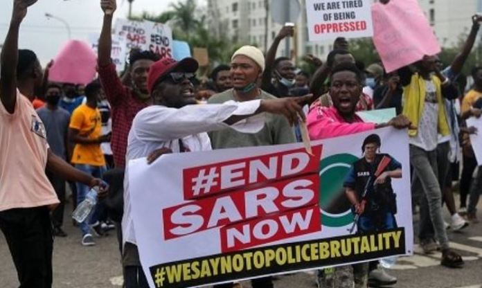 #EndSARS protesters across Nigeria are calling for an end to police brutality Lekki