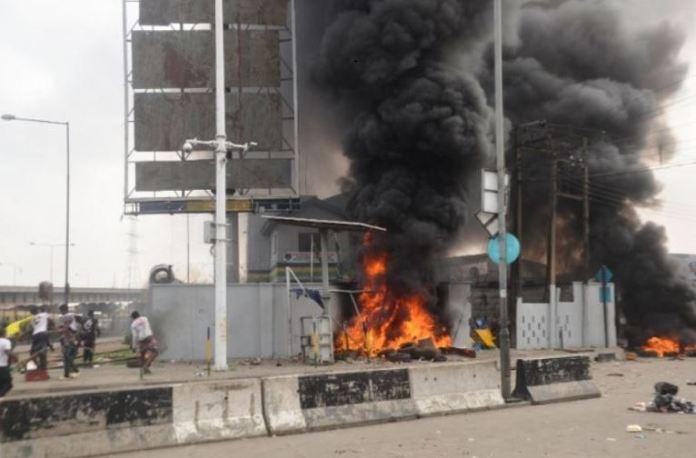 #EndSARS Orile Iganmu Divisional Police Station, Lagos state burnt during the #EndSARS protests
