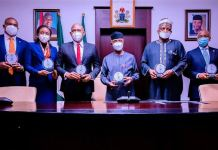 L-R; Vice President Yemi Osinbajo SAN, HM Power Engr. Saleh Mamman, DG BPE Mr. Alex Okoh, Chairman Transcorp Plc Mr. Tony Elumelu, CEO Transcorp Mrs. Owen Omogiafo at the Signing Ceremony of the Share Sale and Purchase Agreements for the Privatization of Afam Power Plc. and Afam Three Fast Power Limited at The State House, Abuja. 5th Nov, 2020.