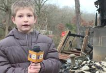A 7-year-old boy rescues his baby sister from burning home