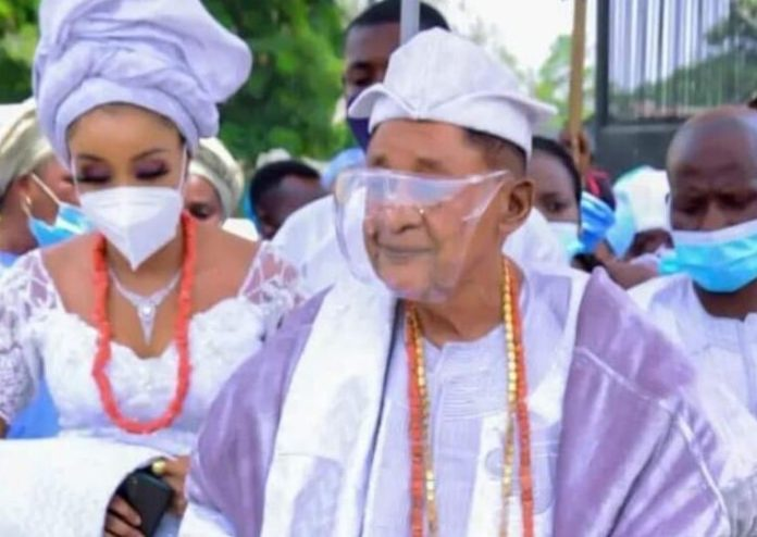 Alaafin of Oyo takes new bride