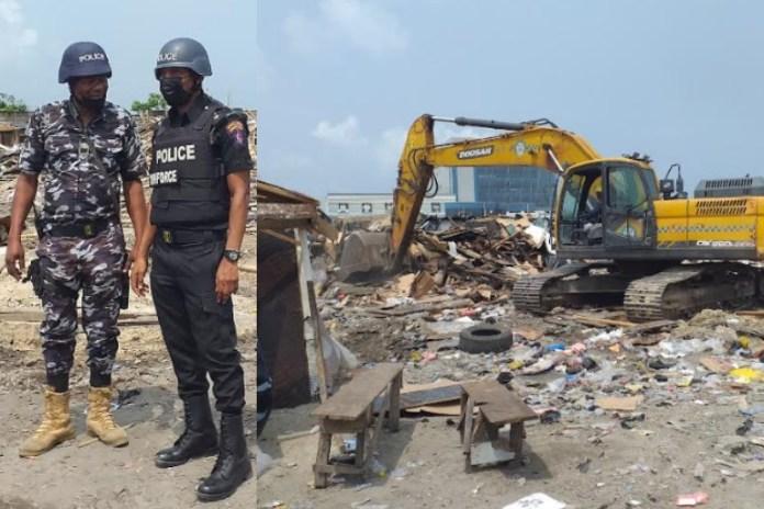 Lagos govt demolishes shanties on Lekki coastal road